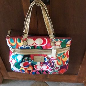 Coach Poppy excellent condition multicolored